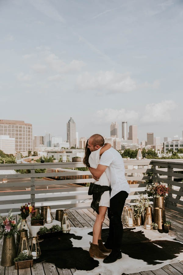 modern-rooftop-proposal-overlooking-the-atlanta-skyline-22