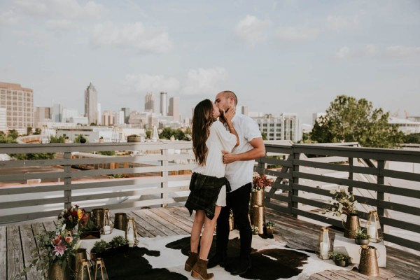 modern-rooftop-proposal-overlooking-the-atlanta-skyline-24