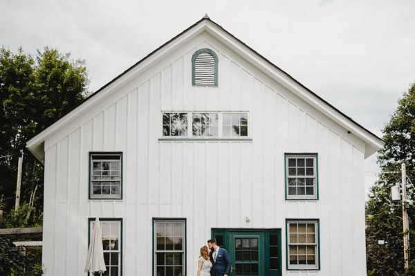 naturally-beautiful-pioneer-farms-wedding-in-warwick-new-york-11
