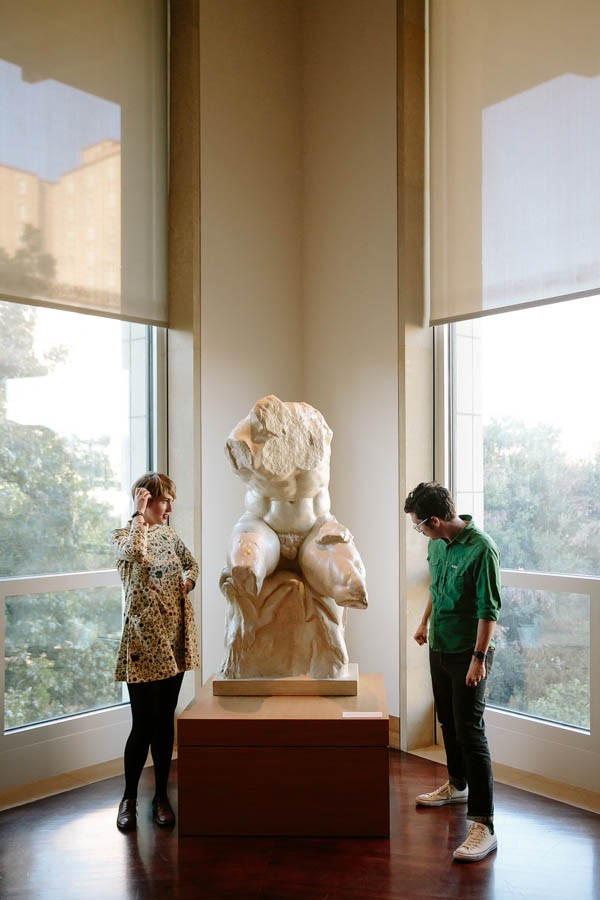 Quirky Cool Austin Engagement At The Blanton Museum Of Art