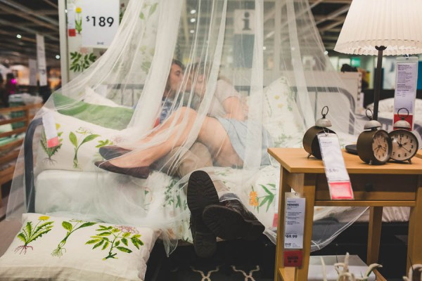 these-ikea-engagement-photos-are-as-sweet-as-they-are-unique-22