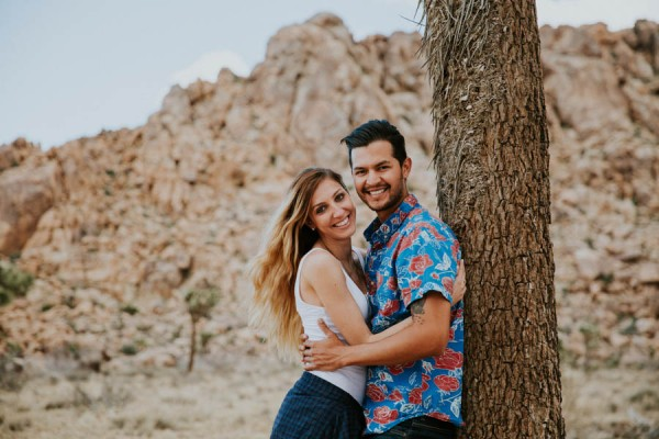 this-cali-cool-joshua-tree-engagement-is-full-of-1970s-vibes-12