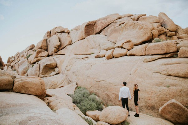 this-cali-cool-joshua-tree-engagement-is-full-of-1970s-vibes-16