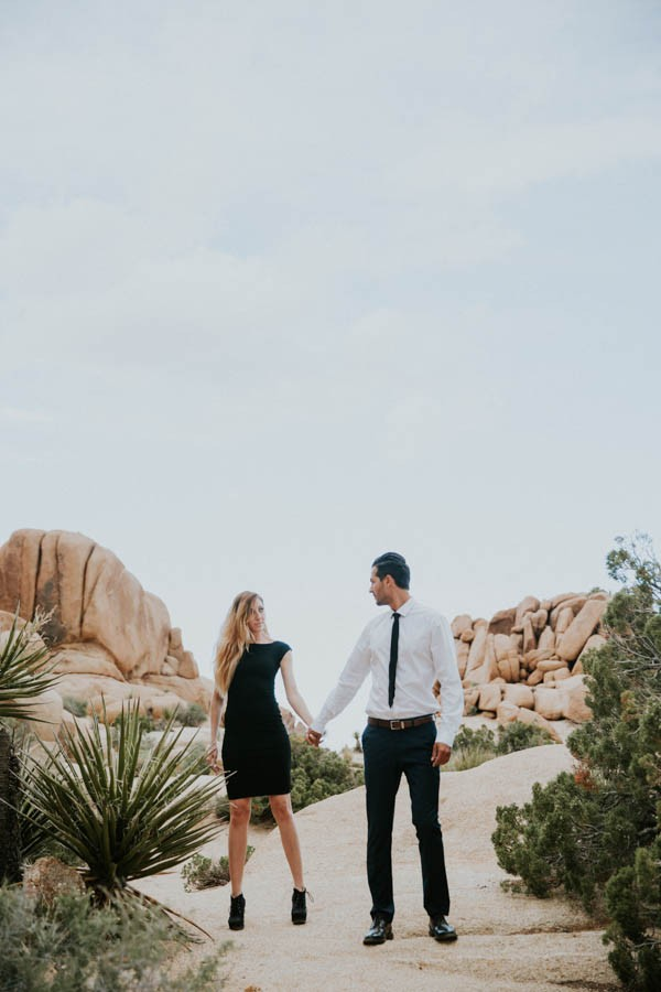 this-cali-cool-joshua-tree-engagement-is-full-of-1970s-vibes-17