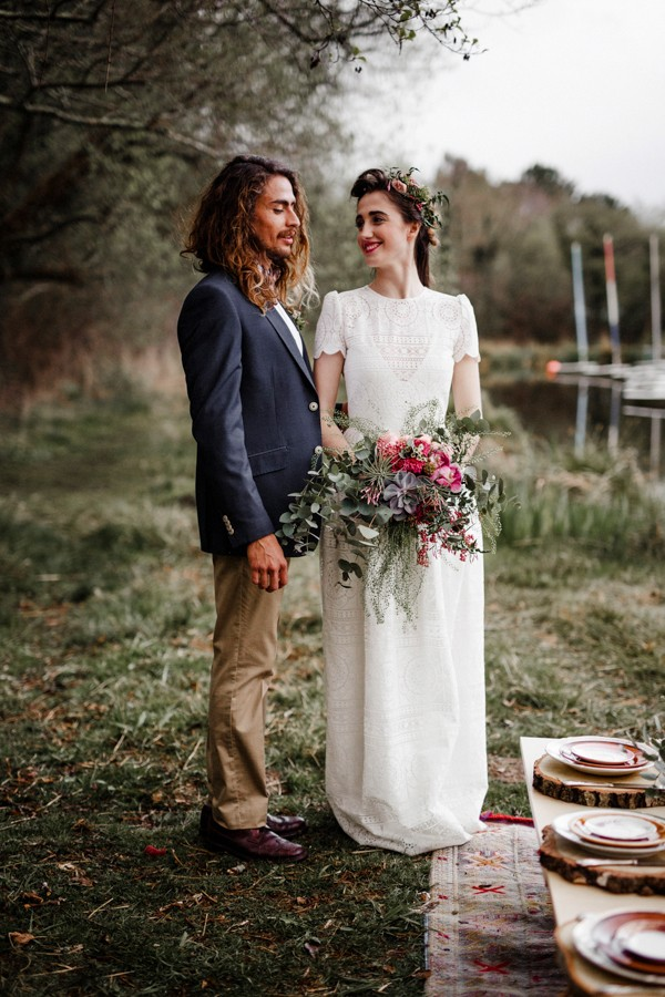 a-romantic-french-elopement-with-roses-cacti-and-macrame-at-souston-lake-5