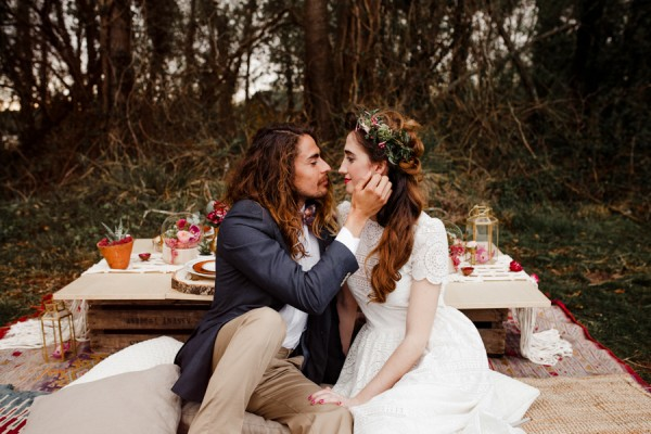 a-romantic-french-elopement-with-roses-cacti-and-macrame-at-souston-lake-6