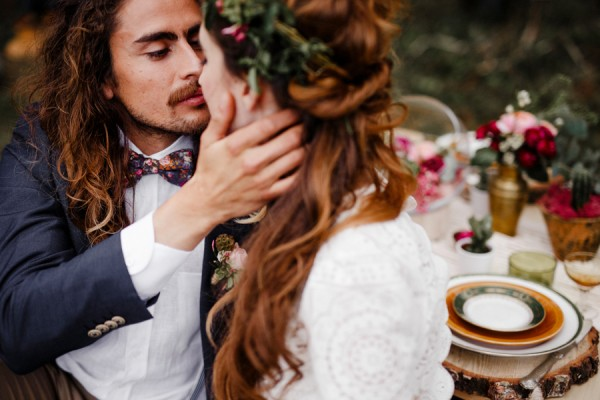 a-romantic-french-elopement-with-roses-cacti-and-macrame-at-souston-lake-8