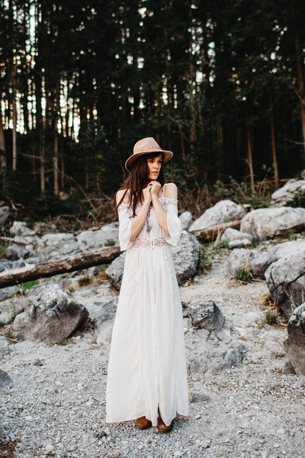 adventurous-austrian-lake-elopement-inspiration-13
