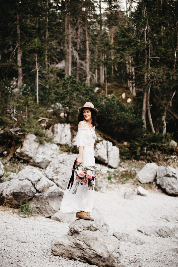 adventurous-austrian-lake-elopement-inspiration-2