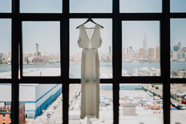 authentic-dumbo-wedding-with-natural-vibes-at-the-river-cafe-1