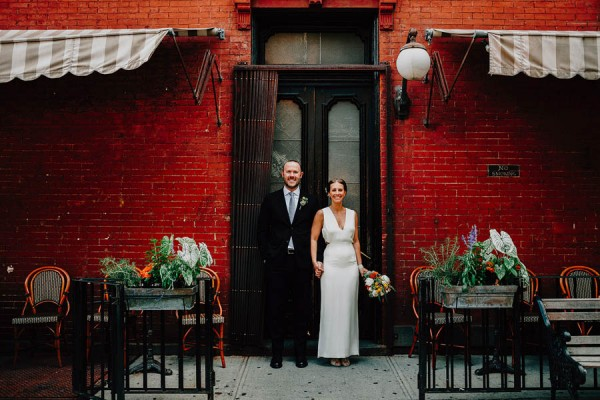 authentic-dumbo-wedding-with-natural-vibes-at-the-river-cafe-17