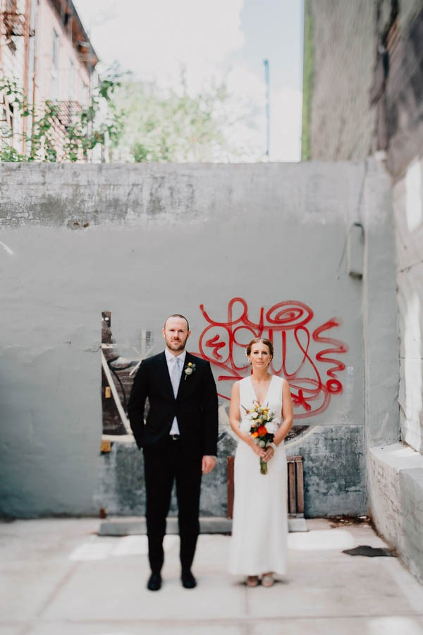 authentic-dumbo-wedding-with-natural-vibes-at-the-river-cafe-18