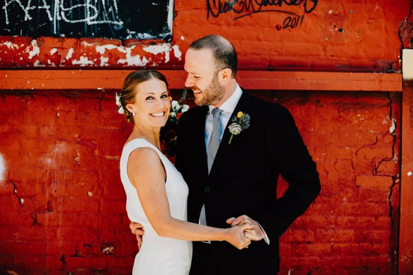 authentic-dumbo-wedding-with-natural-vibes-at-the-river-cafe-9