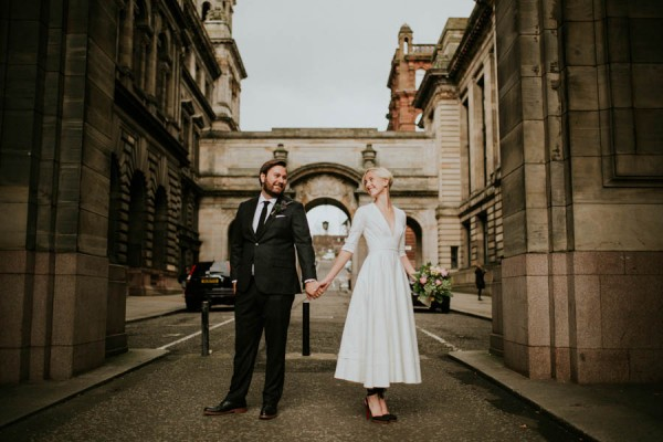 black-and-white-civil-ceremony-at-this-glasgow-registrars-office-16