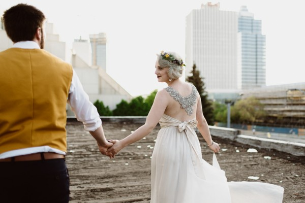 casual-glam-edmonton-wedding-at-red-strap-market-36