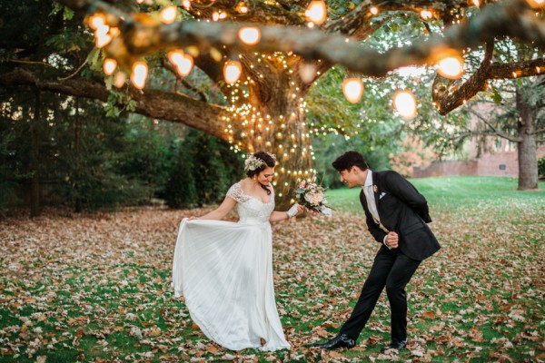 cerulean-and-dusty-peach-pennsylvania-wedding-at-aldie-mansion-18