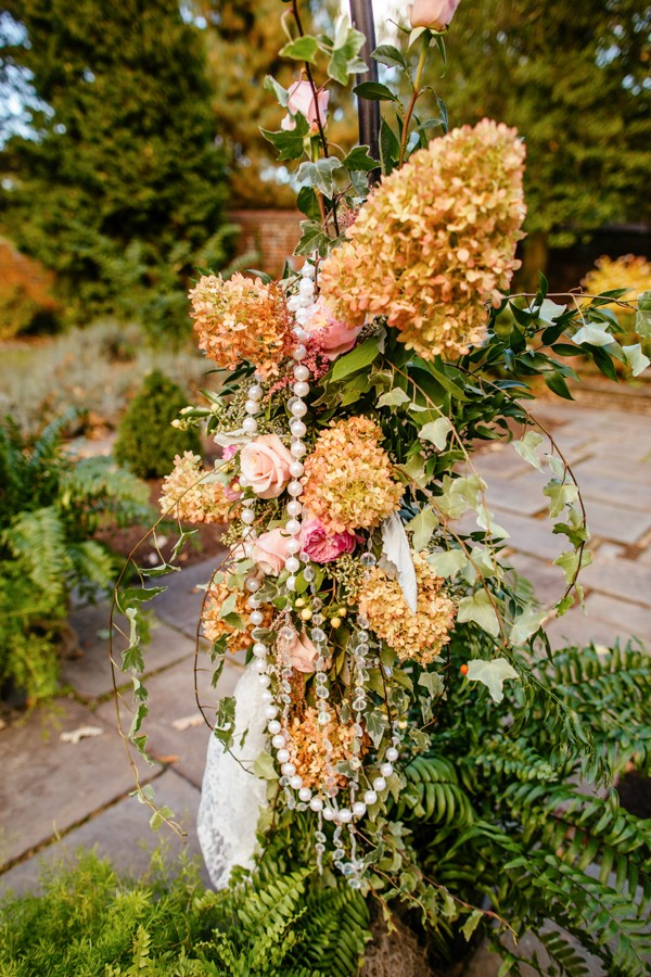 cerulean-and-dusty-peach-pennsylvania-wedding-at-aldie-mansion-7