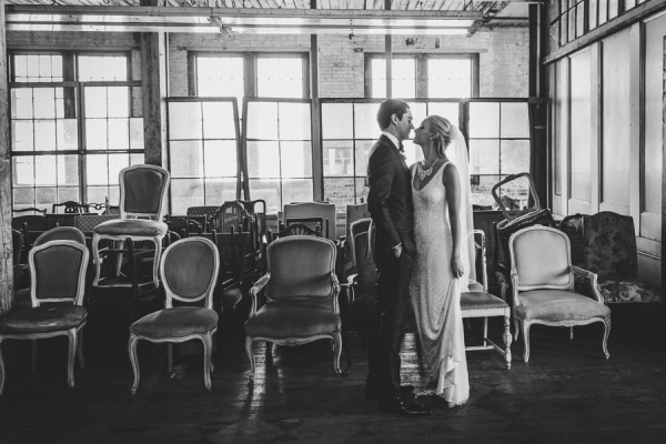 dazzling-queens-wedding-at-the-metropolitan-building-13