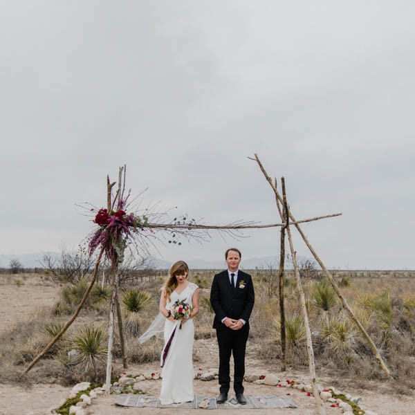eclectic-west-texas-destination-wedding-at-the-marathon-motel-11