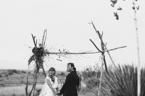 eclectic-west-texas-destination-wedding-at-the-marathon-motel-2