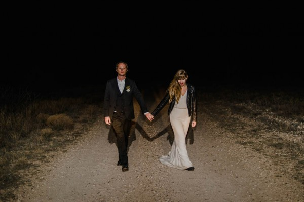 eclectic-west-texas-destination-wedding-at-the-marathon-motel-30