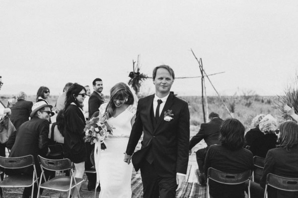 eclectic-west-texas-destination-wedding-at-the-marathon-motel-9