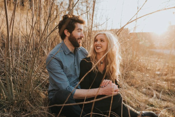 just-try-not-to-smile-at-this-adorable-milwaukee-engagement-15