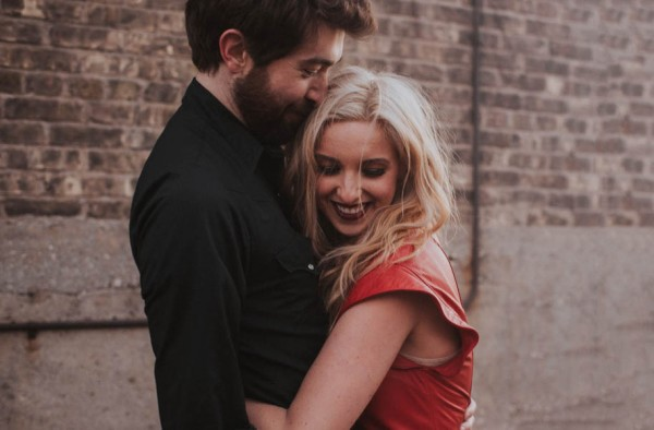 just-try-not-to-smile-at-this-adorable-milwaukee-engagement-5