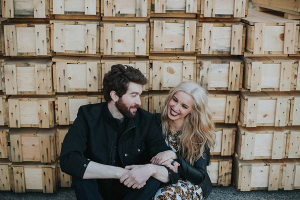 just-try-not-to-smile-at-this-adorable-milwaukee-engagement-6