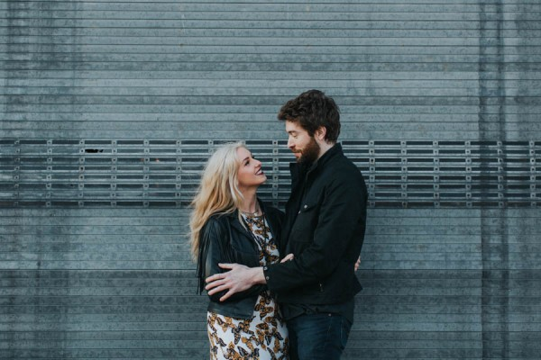 just-try-not-to-smile-at-this-adorable-milwaukee-engagement-7