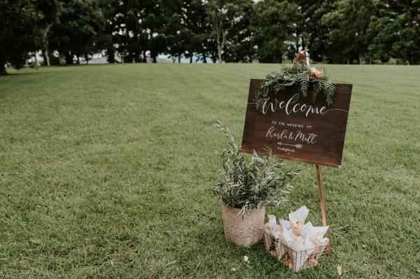 lush-bohemian-australian-wedding-at-maleny-retreat-14