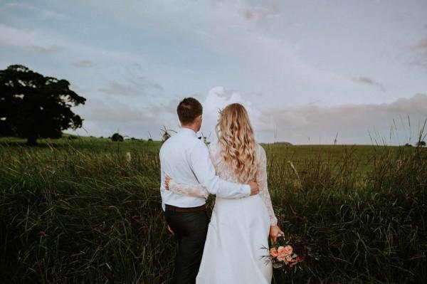 lush-bohemian-australian-wedding-at-maleny-retreat-27