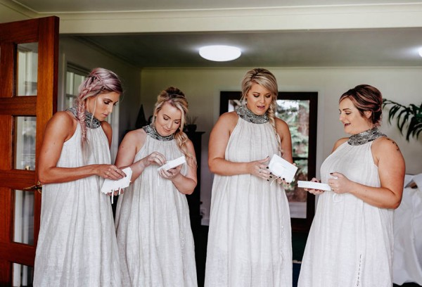 lush-bohemian-australian-wedding-at-maleny-retreat-7