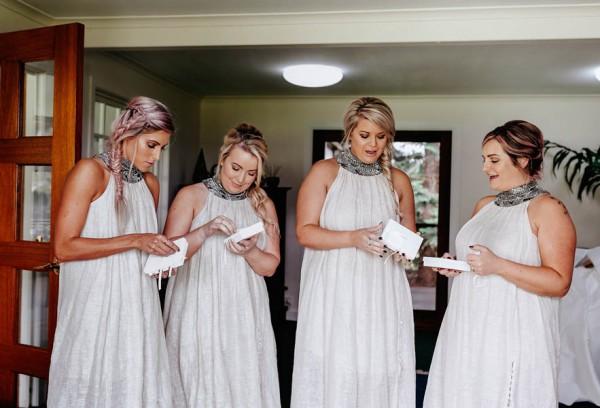 lush-bohemian-australian-wedding-at-maleny-retreat-7