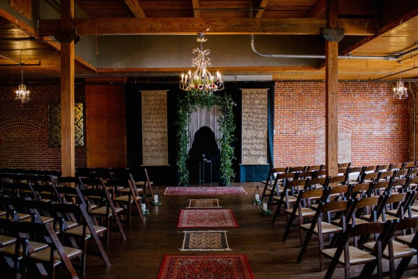 organic-industrial-louisiana-wedding-at-aubrey-hall-13