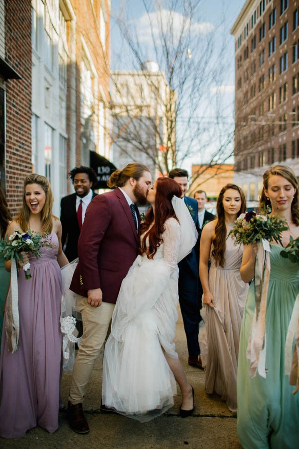 organic-industrial-louisiana-wedding-at-aubrey-hall-31