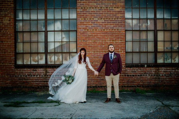 organic-industrial-louisiana-wedding-at-aubrey-hall-36