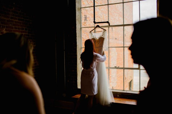 organic-industrial-louisiana-wedding-at-aubrey-hall-5