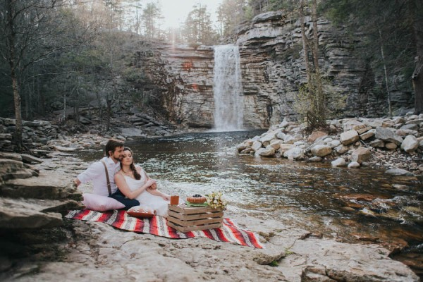 surprise-cliffside-elopement-in-upstate-new-york-13