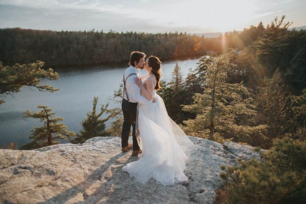 surprise-cliffside-elopement-in-upstate-new-york-15