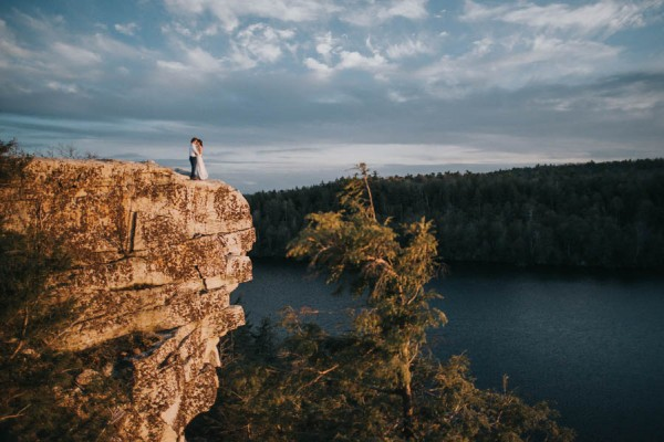surprise-cliffside-elopement-in-upstate-new-york-16
