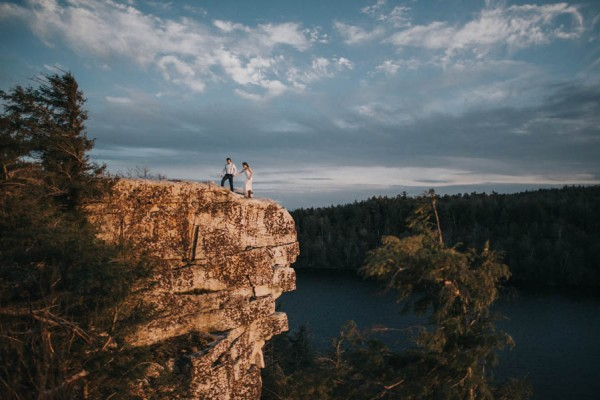 surprise-cliffside-elopement-in-upstate-new-york-17