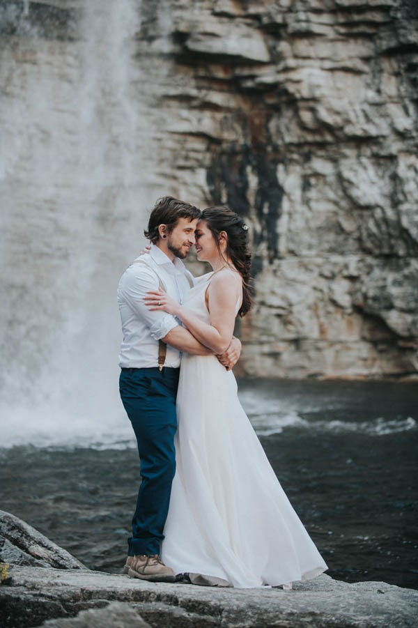 surprise-cliffside-elopement-in-upstate-new-york-23