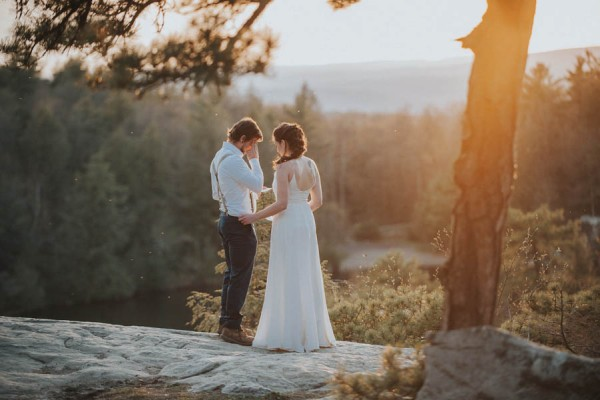 surprise-cliffside-elopement-in-upstate-new-york-39