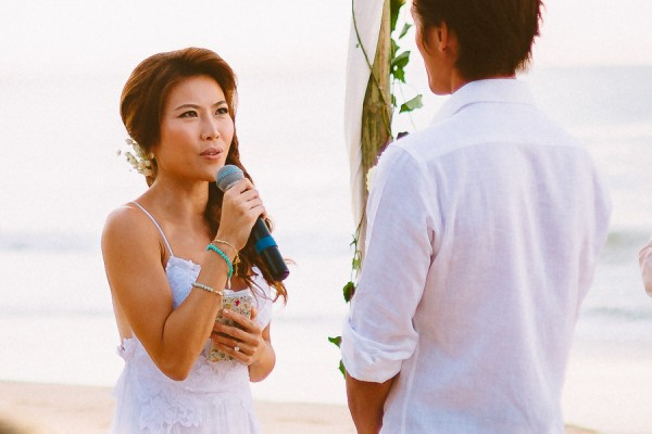 the-sunset-ceremony-in-this-aleenta-resort-wedding-is-what-dreams-are-made-of-12