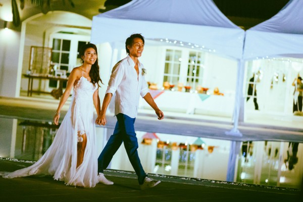 the-sunset-ceremony-in-this-aleenta-resort-wedding-is-what-dreams-are-made-of-22