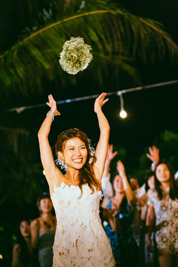 the-sunset-ceremony-in-this-aleenta-resort-wedding-is-what-dreams-are-made-of-23