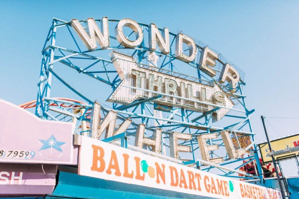 these-coney-island-anniversary-photos-are-equal-parts-colorful-and-romantic-1