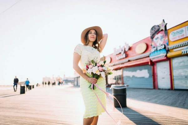these-coney-island-anniversary-photos-are-equal-parts-colorful-and-romantic-14