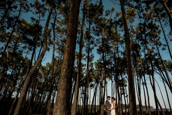 this-dinner-for-two-at-areias-do-seixo-was-the-sweetest-elopement-under-the-stars-24